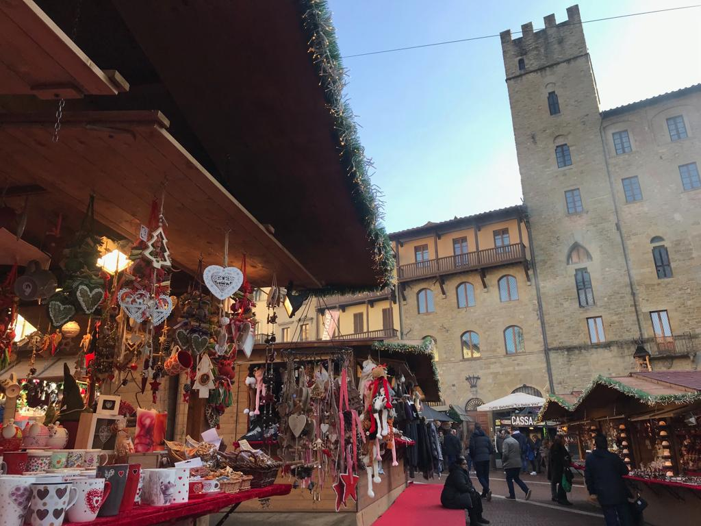 [:it]The most beautiful destinations and Christmas markets in Italy and Europe[:in]THE MOST BEAUTIFUL DESTINATIONS AND CHRISTMAS MARKETS IN ITALY AND IN EUROPE[:]